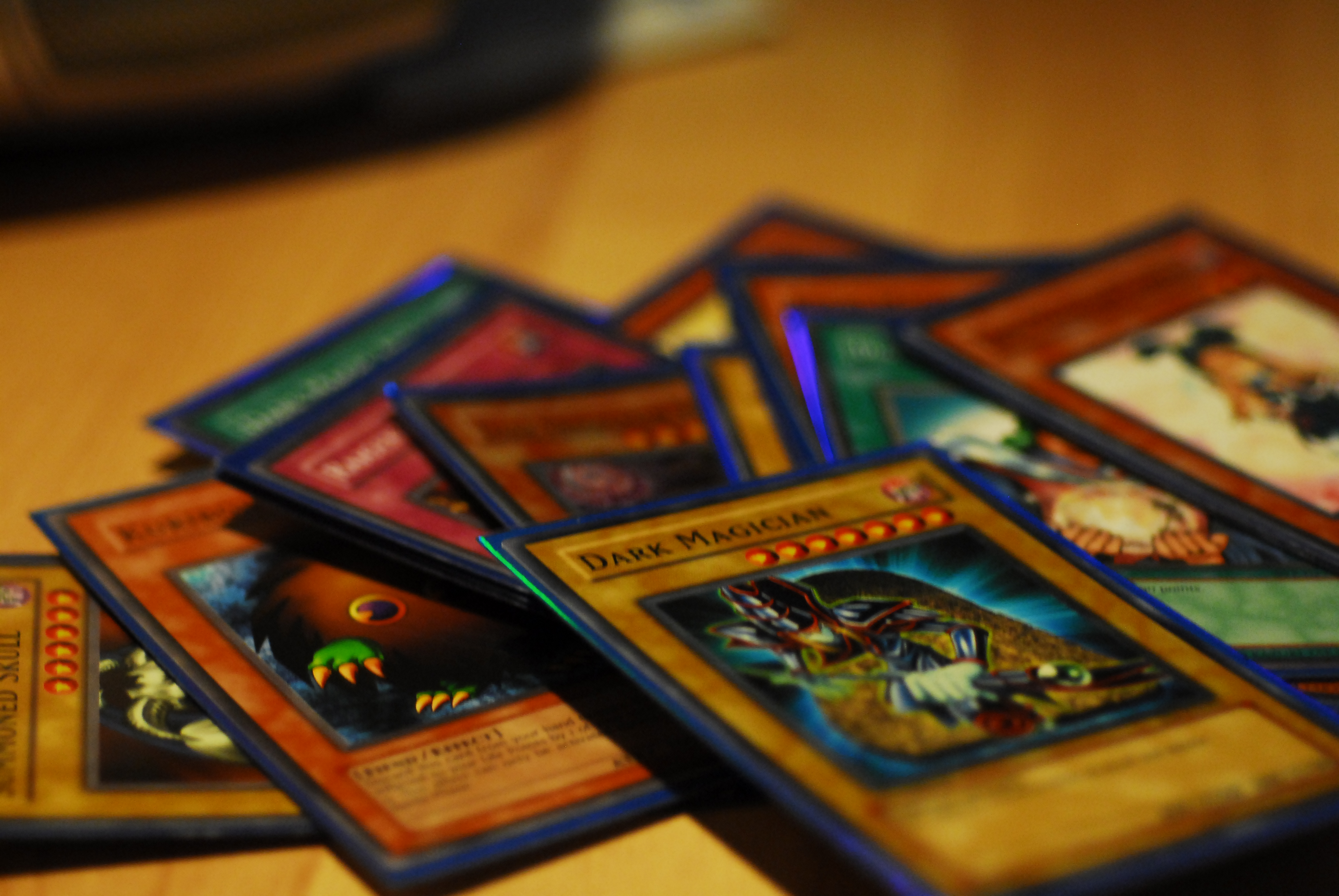 how to play yu gi oh cards